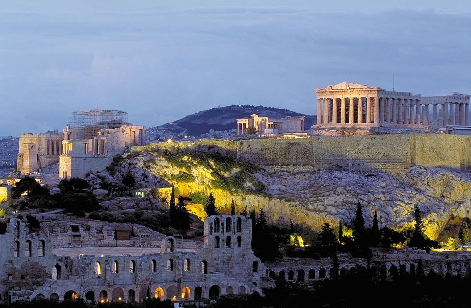 A Tale of Two Countries from Italy to Greece Trip