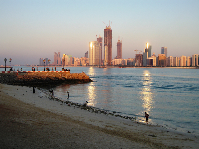 3 Must-See Attractions in Abu Dhabi