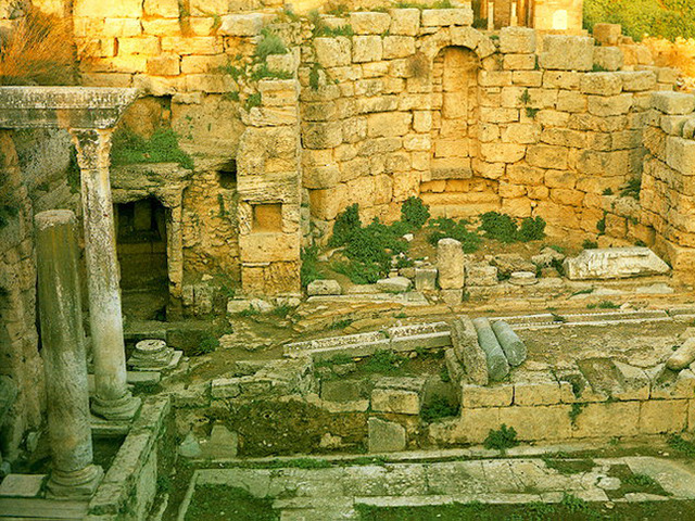Explore Ancient City Remains on a Guided Tour of Ancient Corinth